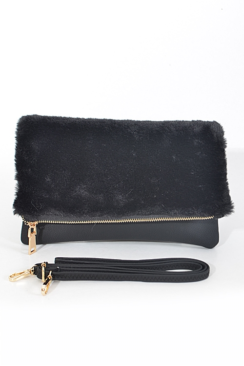 Fluffy Foldable Hand Clutch - orangeshine.com