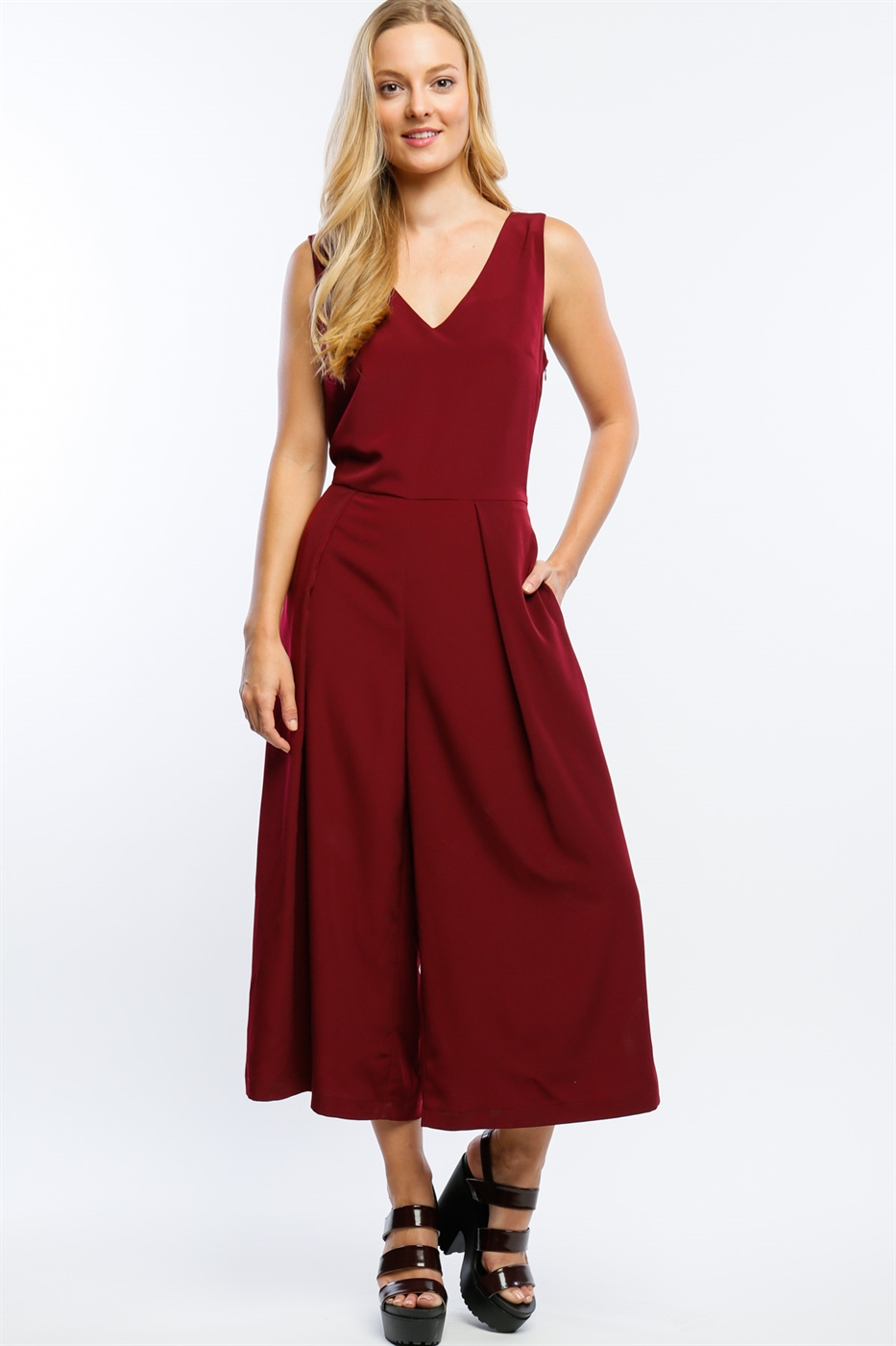 V NECK WIDE LEG JUMPSUIT - orangeshine.com