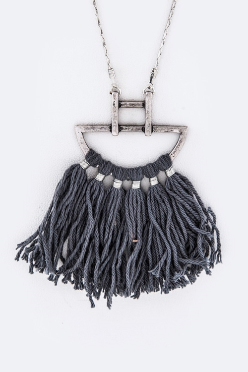 Iconic Tassel Pendant Necklace - orangeshine.com