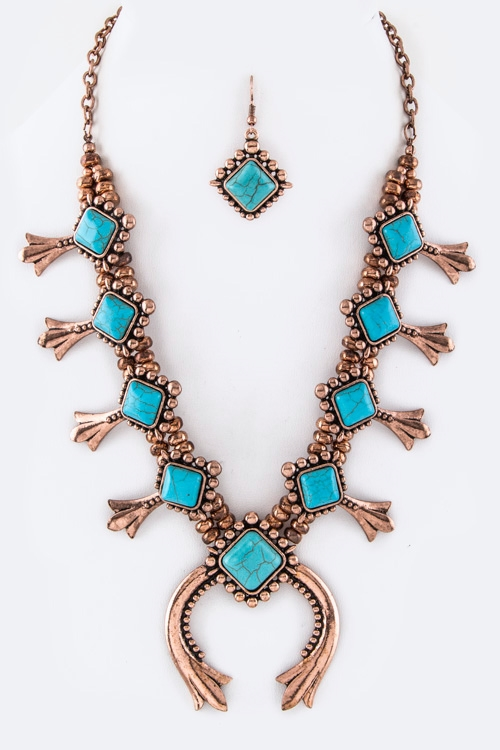 Ornate Horseshoe Necklace Set - orangeshine.com