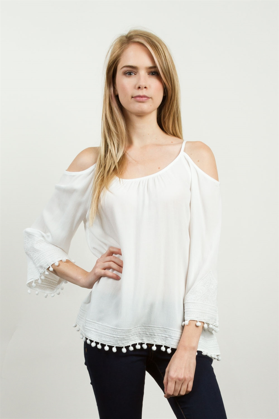 POM POM TRIM TOP - orangeshine.com