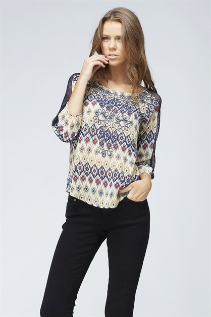 EMBROIDERY BLOUSE - orangeshine.com