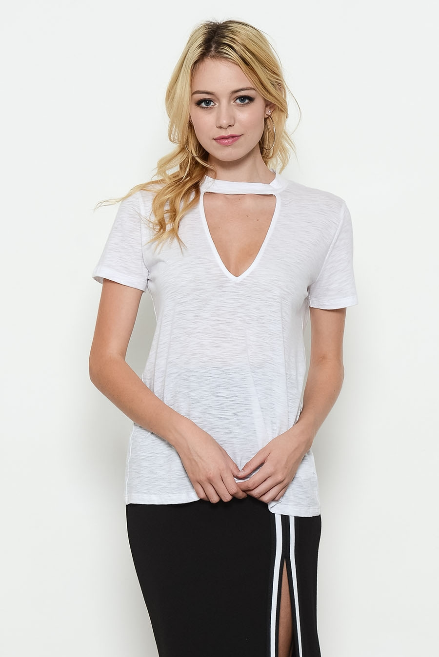 COTTON SHORT CUTOUT NECK TOP - orangeshine.com