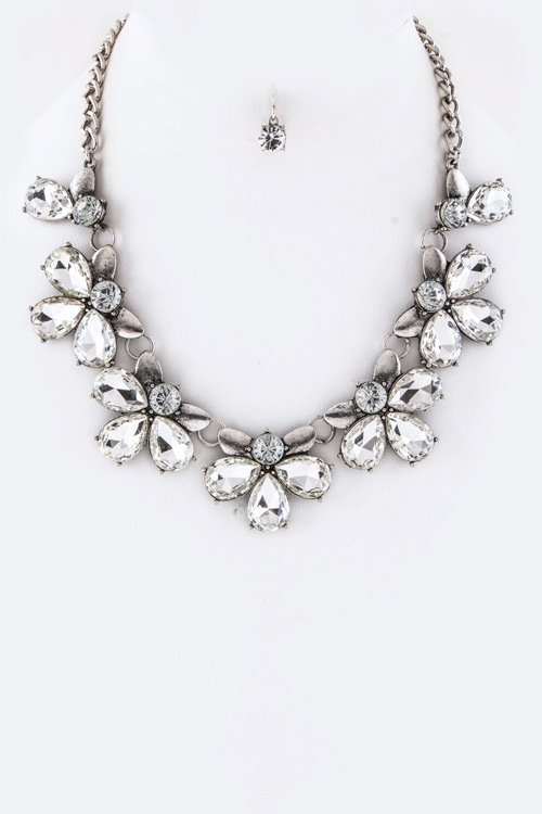 Crystal Flowers Statement Necklace  - orangeshine.com