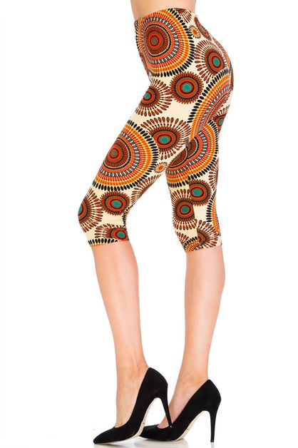 Pancake Flower Capri Leggings - orangeshine.com