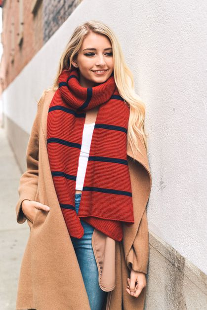 Horizontal Stripe Knit Scarf - orangeshine.com