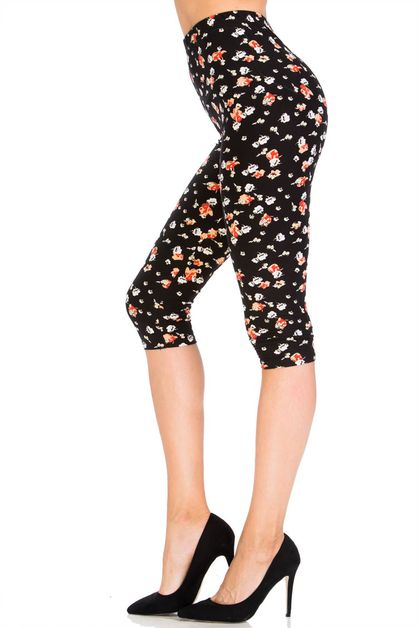 Marshmallow Sky Capri Leggings - orangeshine.com