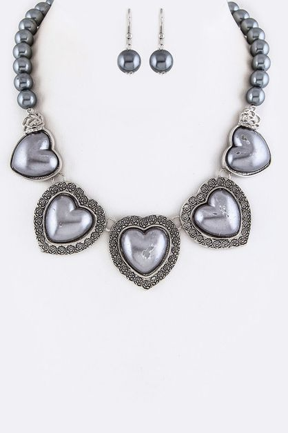 Pearls and Rose Heart Necklace - orangeshine.com