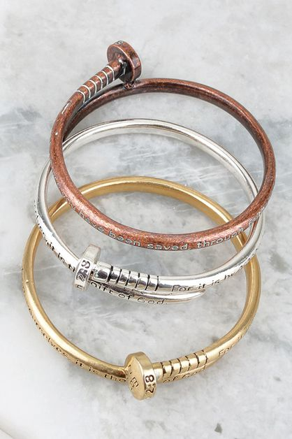 ENGRAVED NAIL BANGLE - orangeshine.com