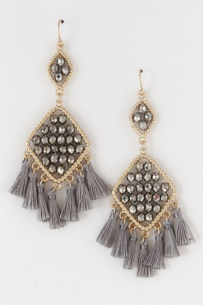 PEARL CHARM AND CUTE TASSEL EARRINGS - orangeshine.com
