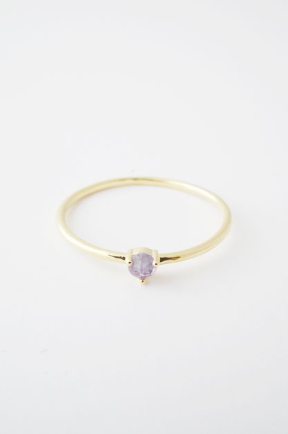 Amethyst Point Solitaire Ring - orangeshine.com