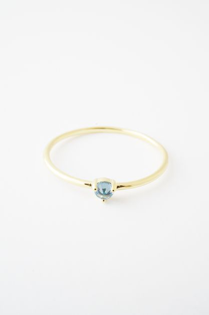 Aquamarine Point Solitaire Ring - orangeshine.com