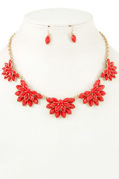 SEMI ACRYLIC FLORAL BIB NECKLACE SET - orangeshine.com