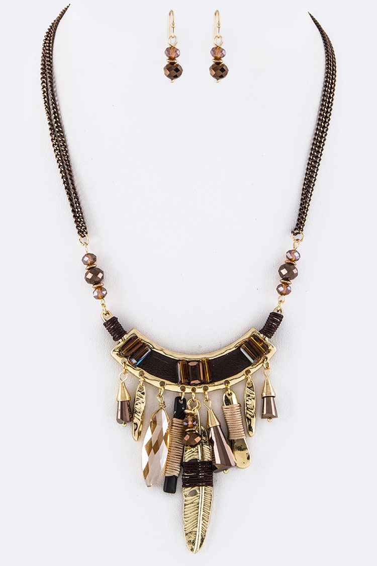 Mix Charmed Plate Statement Necklace - orangeshine.com