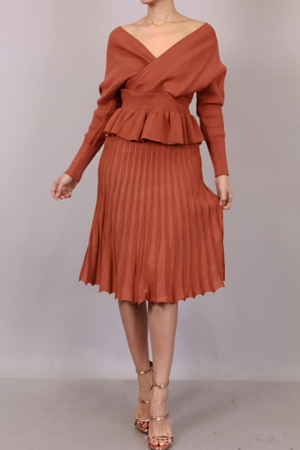 SWEATER TOP AND SKIRT SET - orangeshine.com
