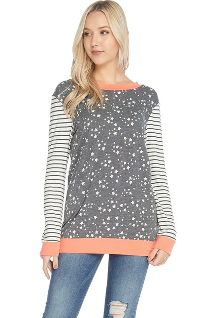 STAR PRINT TOP WITH STRIPED SLEEVES  - orangeshine.com