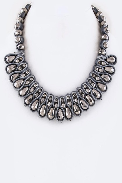 Laced Crystal Statement Necklace - orangeshine.com