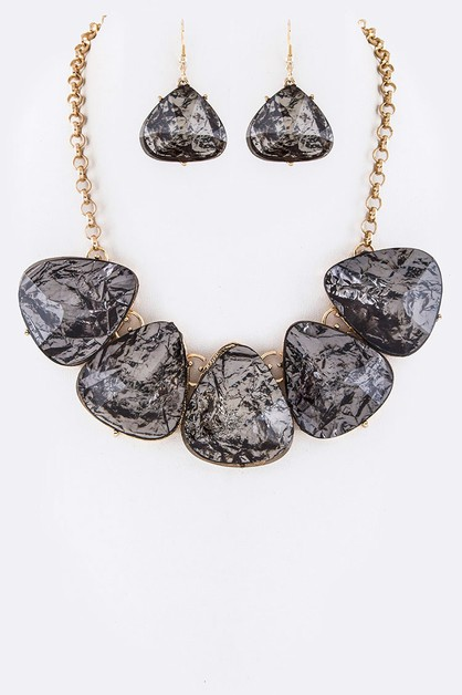 Resin Stones Statement Necklace Set - orangeshine.com