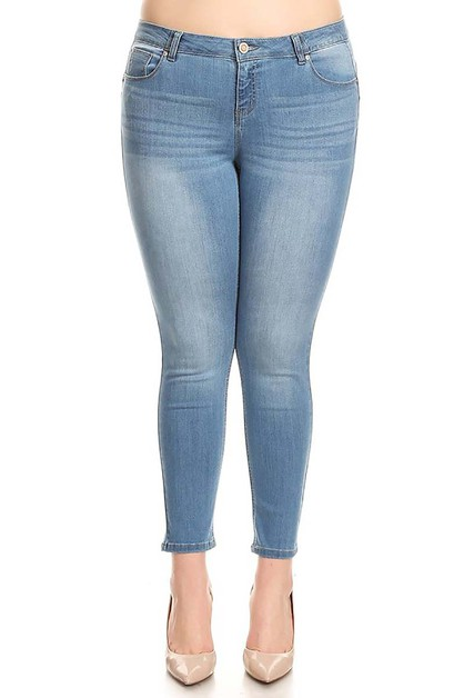 LIGHT WASH DENIM PLUS SIZE JEANS - orangeshine.com