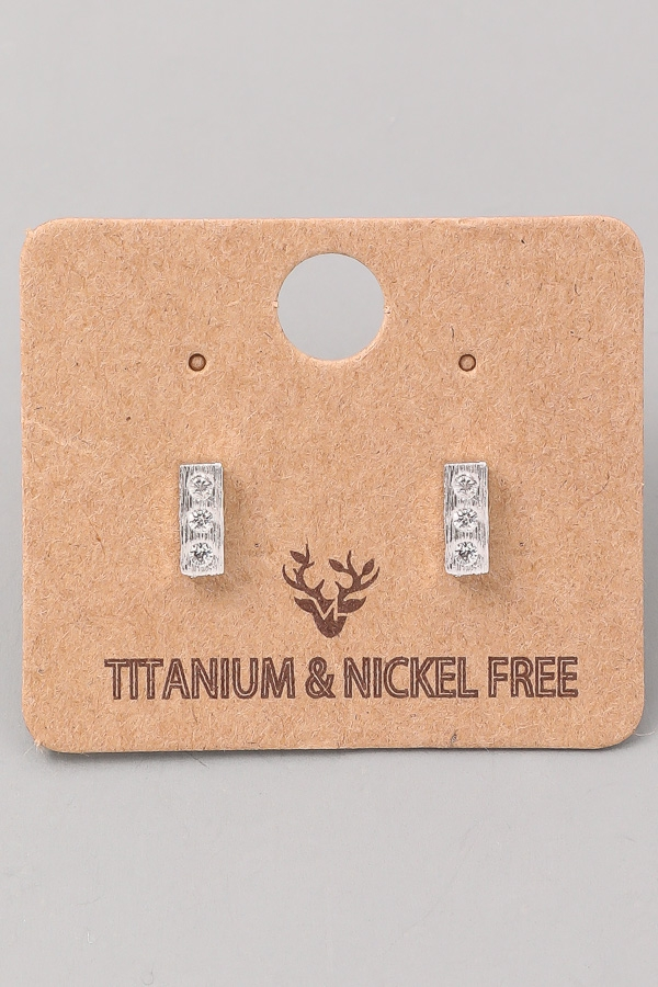 Frosted Bar Stud Earring - orangeshine.com