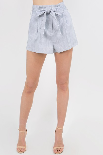 TIE WAIST PLEATED SHORTS - orangeshine.com