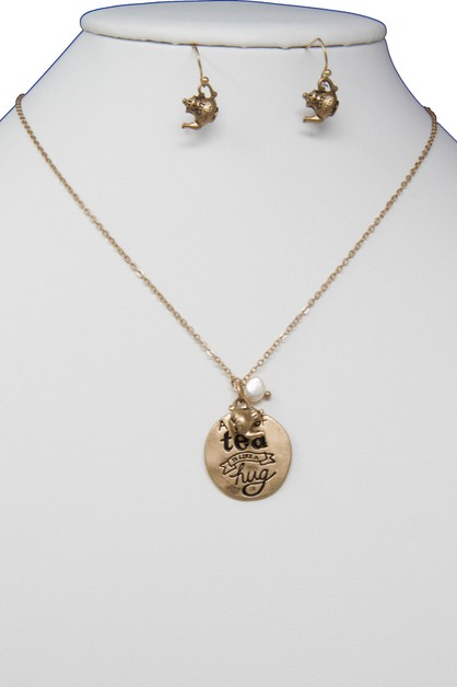 A CUP OF TEA IS LIKE A HUG NECKLACE  - orangeshine.com