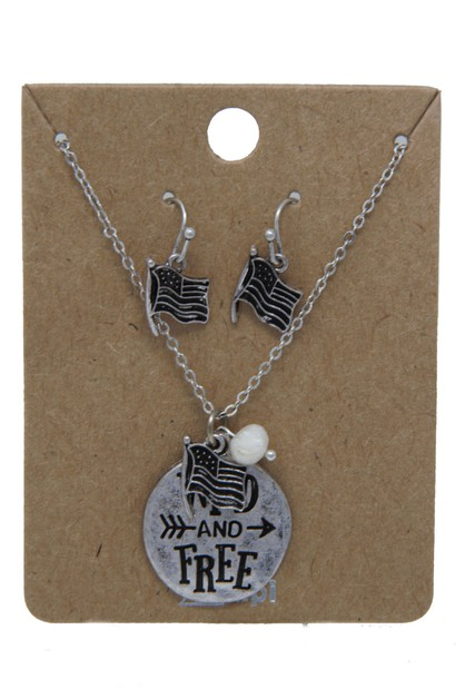 WILD AND FREE CHARM NECKLACE SET - orangeshine.com