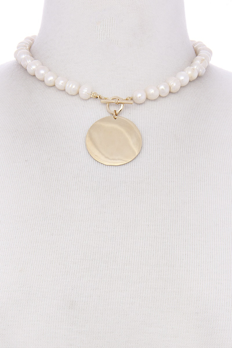 PEARL CHARM NECKLACE WITH METAL PEND - orangeshine.com