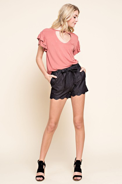 Scalloped Hem Waist Tie Shorts  - orangeshine.com