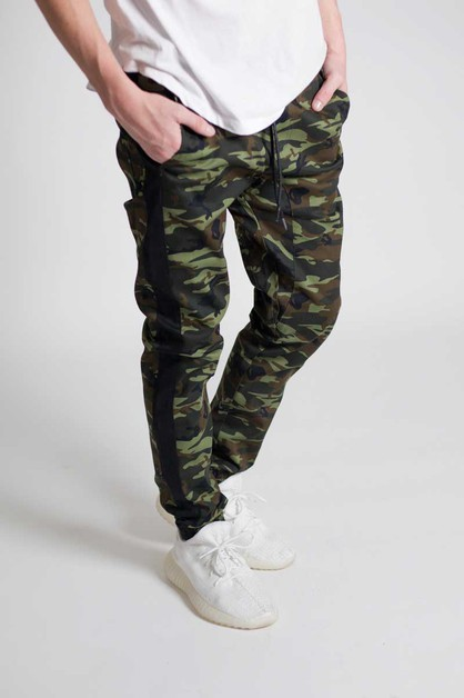 SIDE STRIPED CAMO JOGGERS - orangeshine.com