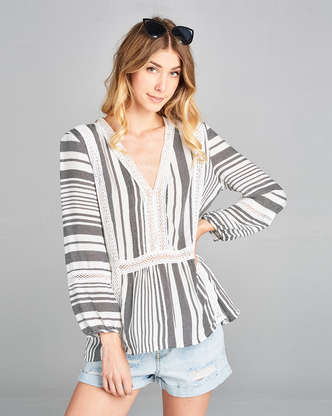 Striped lace top with puff sleeves - orangeshine.com