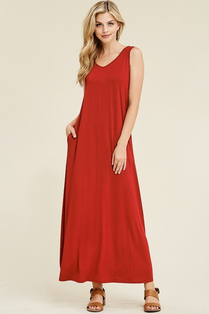V-NECK SLEEVELESS MAXI DRESS  - orangeshine.com
