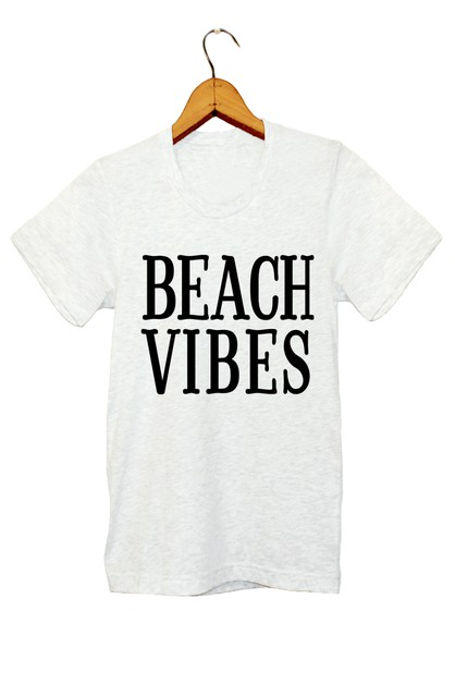 BEACH VIBES GRAPHIC TEE - orangeshine.com