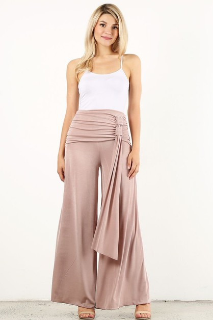 Solid high waisted pants in a relax - orangeshine.com