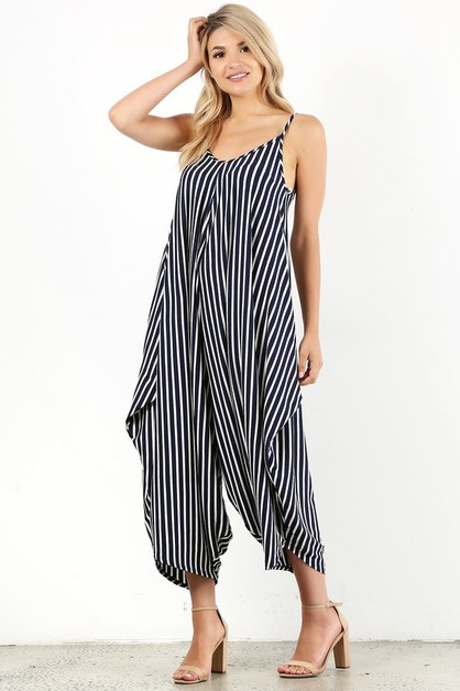 sleeveless jumpsuit in a relaxed fit - orangeshine.com