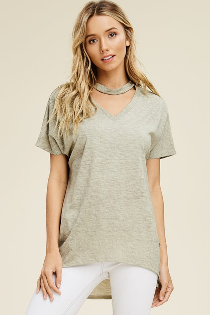 Short Sleeve Round Neck Keyhole Top - orangeshine.com