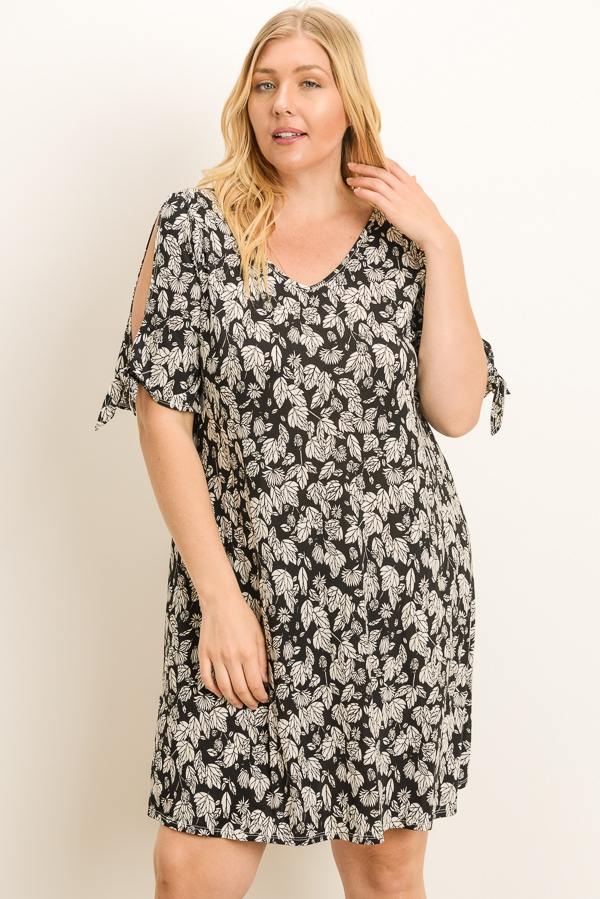 Plus Size Floral Tunic Dress - orangeshine.com