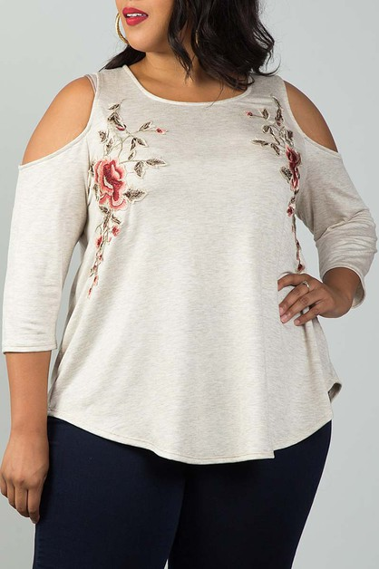 COLD SHOULDER FLORAL PATCH PLUS TOP - orangeshine.com