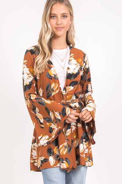 LOOSE FLORAL BELL SLEEVE ROBE TOP - orangeshine.com