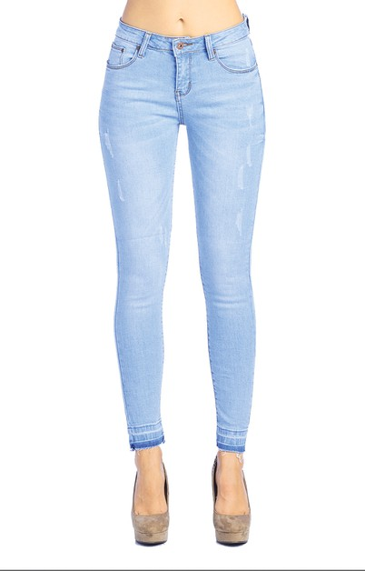 Light Wash Ripped Skinny Jeans - orangeshine.com