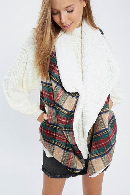 WARM CHECKERED AND FAUX FUR VEST - orangeshine.com