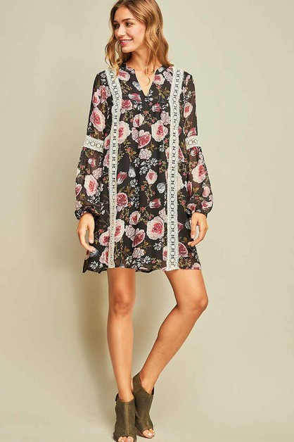 Floral print v-neck shift dress  - orangeshine.com