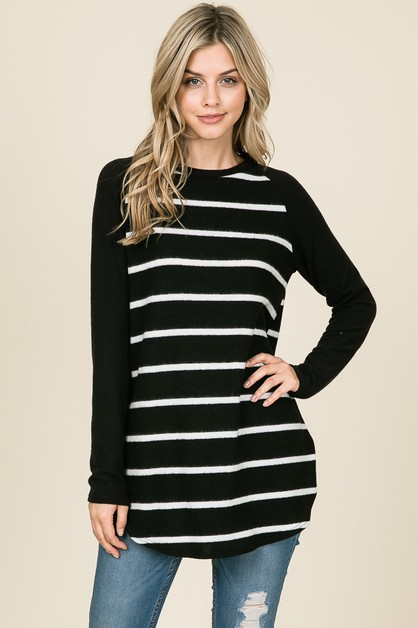 LONG SLEEVE RAGLAN STRIPE TOP - orangeshine.com