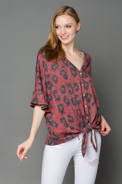 ANIMAL PRINT BUTTON DOWN TOP  - orangeshine.com