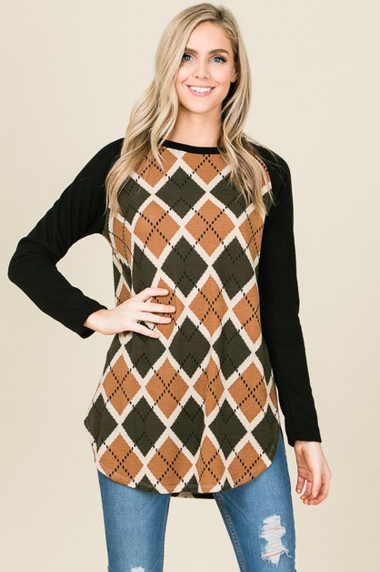 LONG SLEEVE RAGLAN GEOMETRIC TOP - orangeshine.com