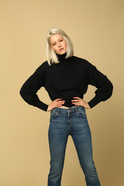 Carly Sweater - orangeshine.com