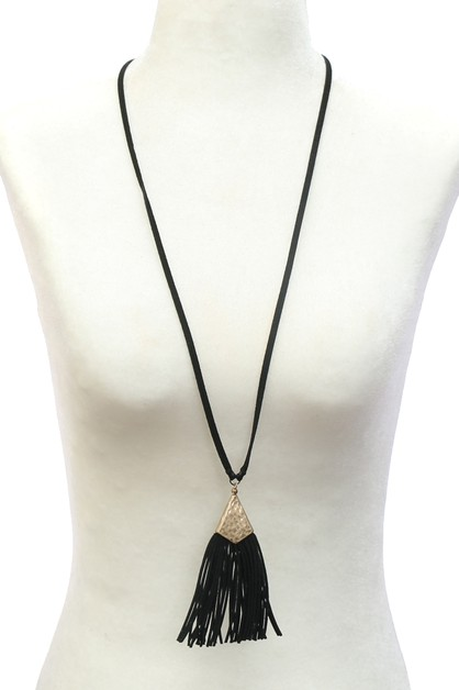 TASSEL NECKLACE   - orangeshine.com