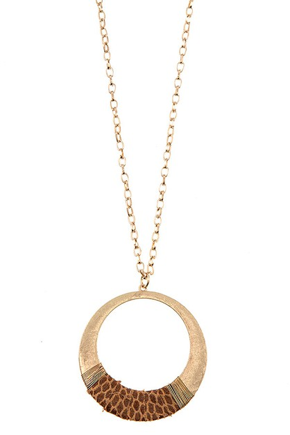 WIRED ANIMAL PRINT CIRCLE PENDANT NE - orangeshine.com