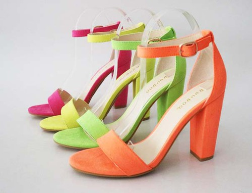 Chunky High Heel Single Band Sandals - orangeshine.com