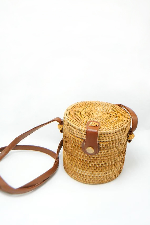 CYLINDER STRAW SHOULDER BAG - orangeshine.com